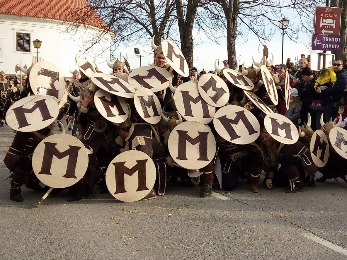 Фоторепортаж: 57 международный karnevalfest в Птуе.