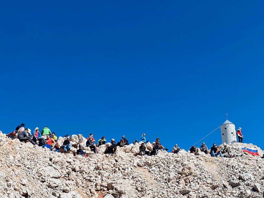 Русские женщины на вершине Триглава
